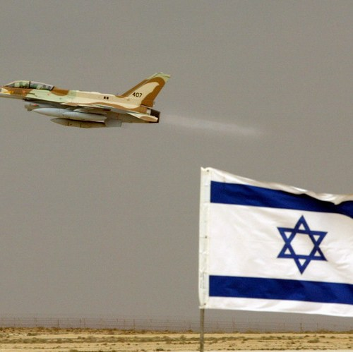 UPDATED: Israel strikes Hamas sites over fire balloons, challenging truce