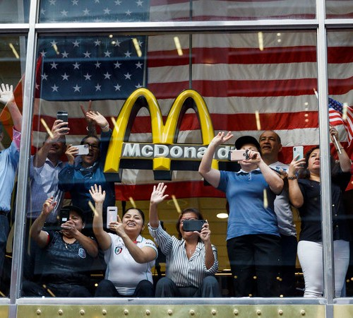 Photo Story: New York welcome for US Women's national football team