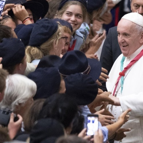 Photo Story: The Pope greets the Euromoot