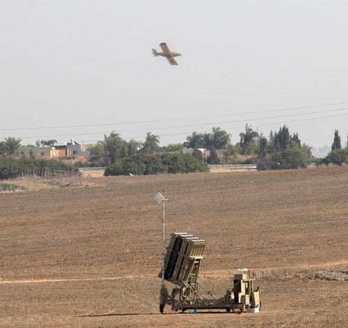 Israeli aircraft strike Gaza
