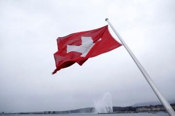 Swiss govt seeking to iron out research funding shortfalls over EU ties