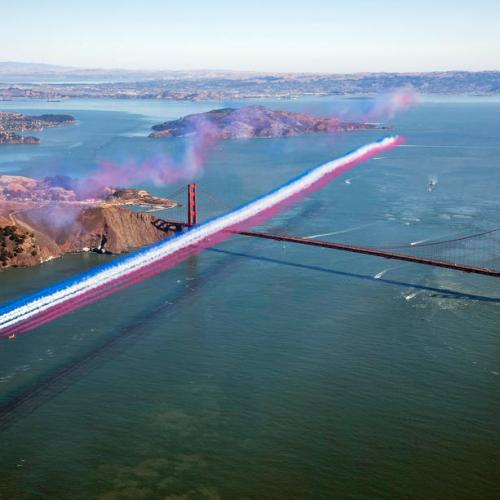 Photo Story: Red Arrows over Golden Gate Bridge