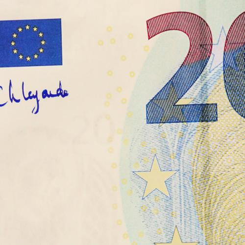 Photo Story: 'Slight' change to €20 note