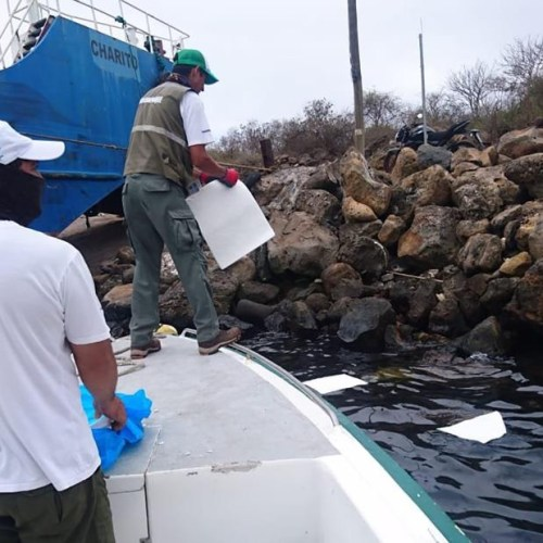600-gallon oil spill causes emergency in Galapagos