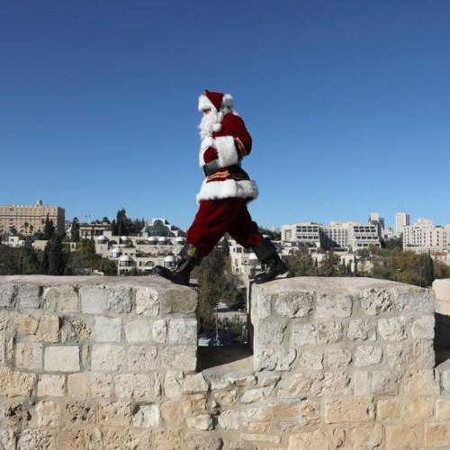Photo Story: Christmas preparations in Jerusalem