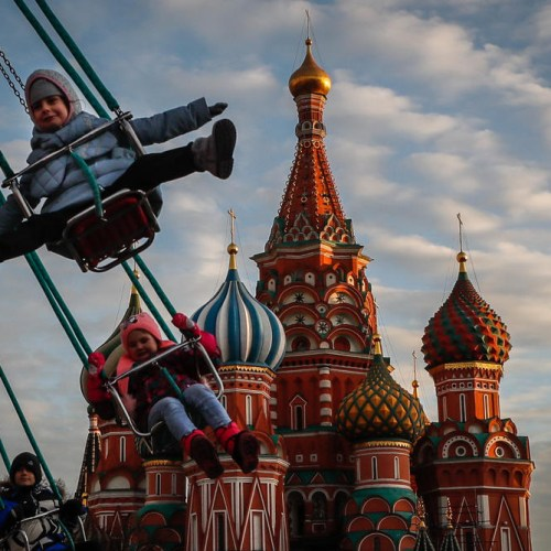 Photo Story: Christmas atmosphere in full swing in Moscow