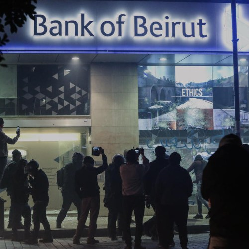 Concern increases as Lebanese economy collapses
