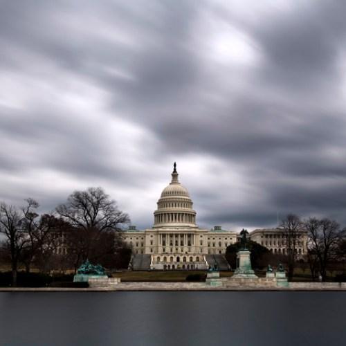 American Senators clash over rules as impeachment trial opens