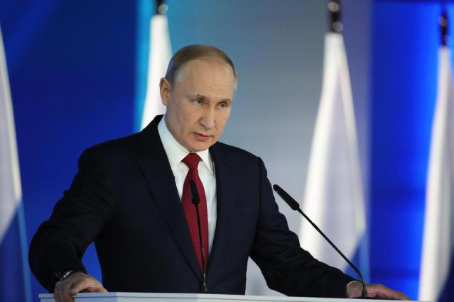 UPDATED: Putin says Russia should have collective COVID-19 immunity by autumn
