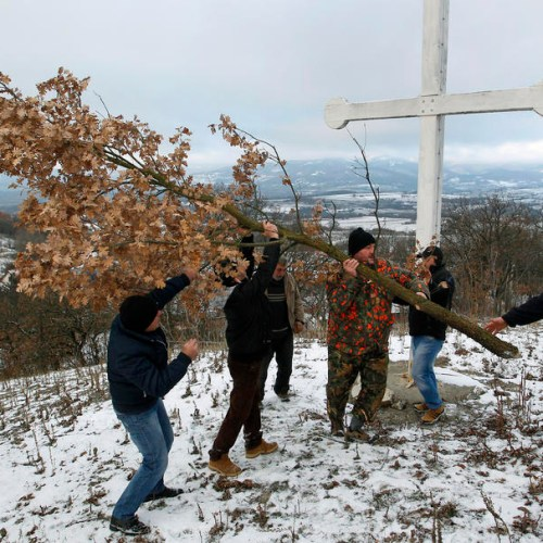 Photo Story: Serbian Orthodox Yule Log Tradition in Nis