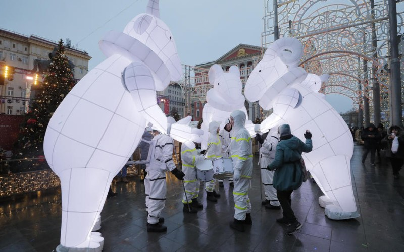 Photo Story: Russia prepares for the Russian Orthodox Christmas