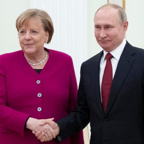 Merkel meets Putin to align positions amidst geopolitical tension