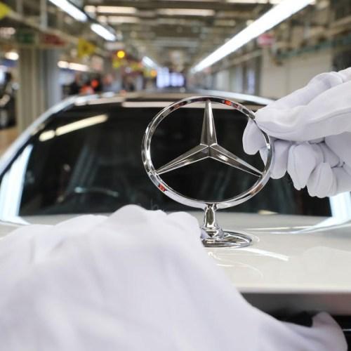 Daimler to cut 15,000 jobs