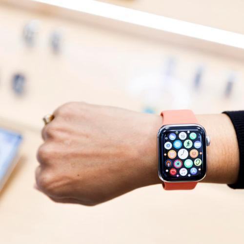 Apple Watch sells more units than all Swiss watch brands combined