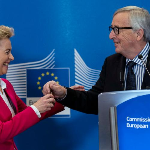 Von der Leyen and I are 'like the two popes' – Juncker