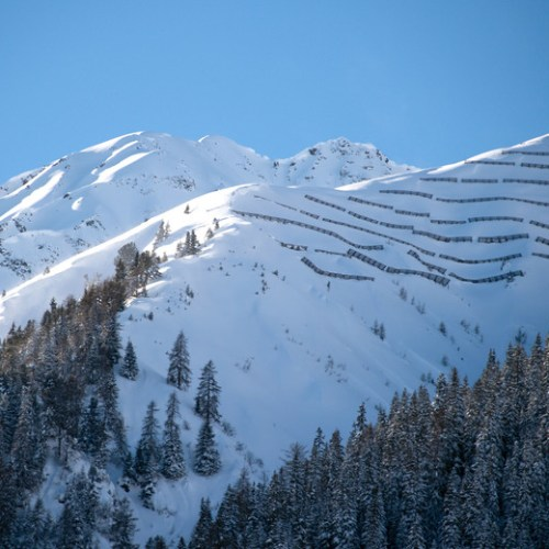 Six killed in avalanches on Austrian Alps
