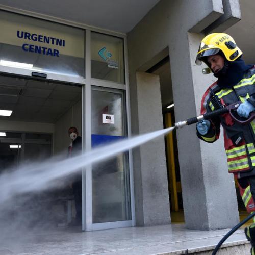 Montenegro introduces lockdown