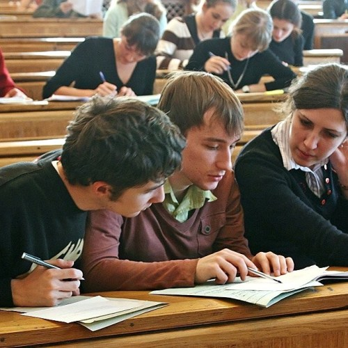 European Parliament seeks reassurances and reimbursements for Erasmus+ students