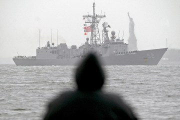 U.S. military ship fires 30 warning shots after encounter with Iranian vessels