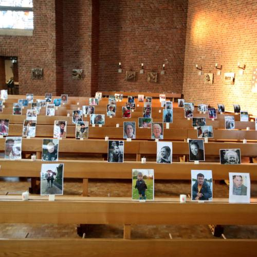 Virtual service with photos of the members in the church