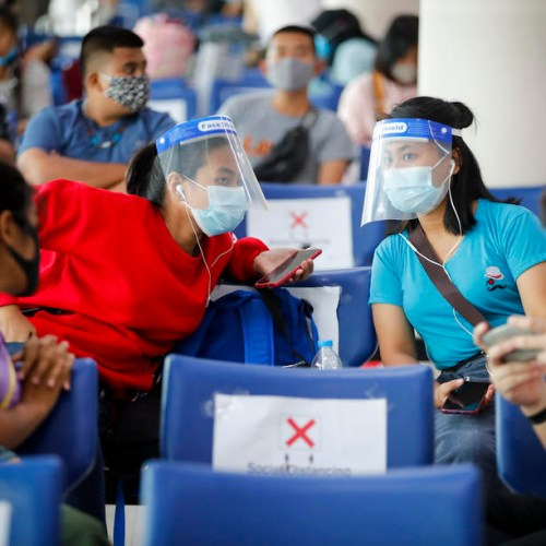 Airlines requiring passengers to wear face masks increase