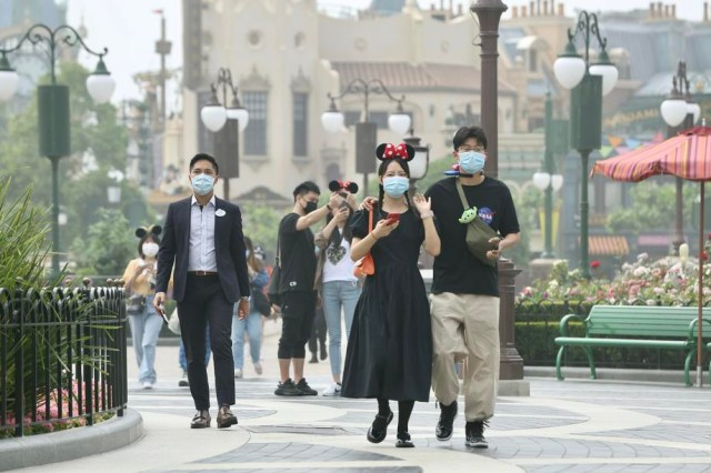 Disneyland Shanghai reopens