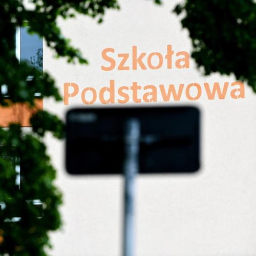 Schools in Poland may remain closed until the end of June