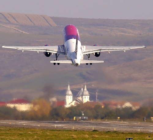 Wizz Air's Abu Dhabi joint venture to start flights this year