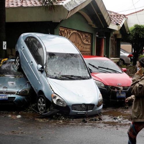 Tropical storm Amanda batters El Salvador