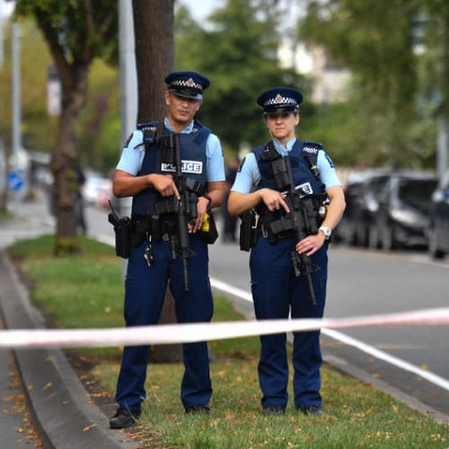 Massive manhunt in New Zealand after police officer shot and killed