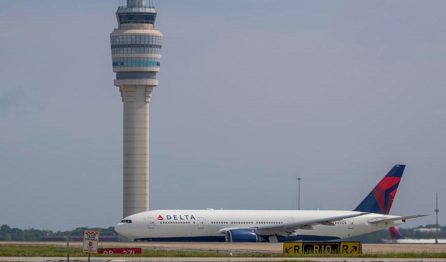 Delta airliner makes emergency landing in Athens