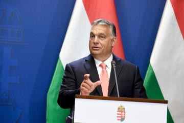 Hungary draws up war plan to tackle pandemic without need for lockdowns