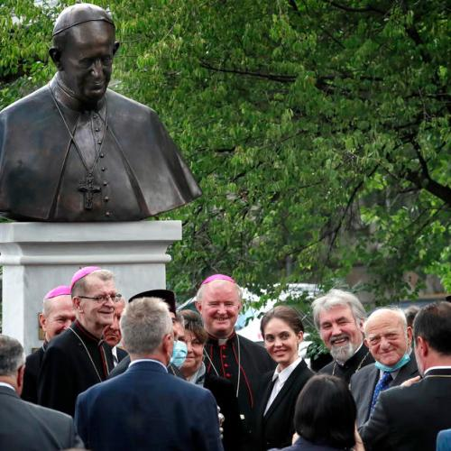 Photo Story: Pope Francis statue inaugurated in Bucharest