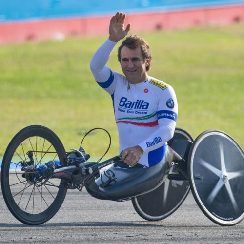 Alex Zanardi speaks to family