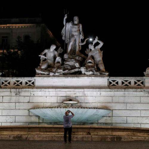 Photo Story: New artistic lights unveiled in Piazza del Popolo in Rome