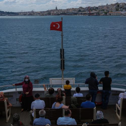 Coronavirus cases in Turkey reach 221,500
