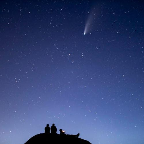 Photo Story: Comet NEOWISE above Northern America