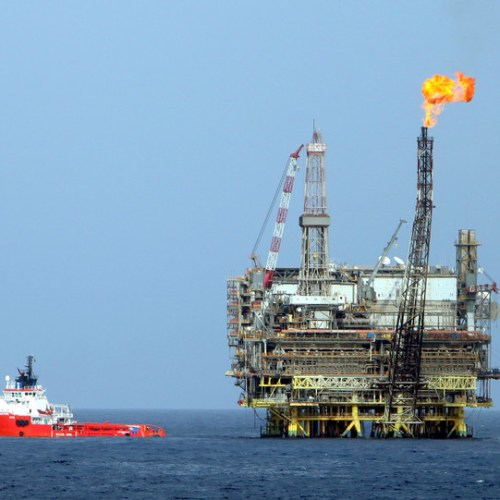 Oil prices dip again amid rising coronavirus cases and US-China tensions
