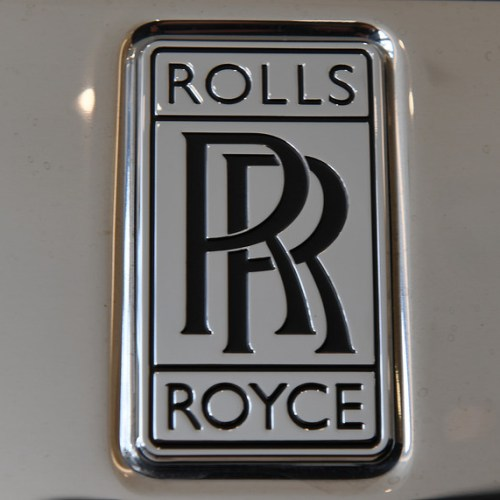 UK engine-maker Rolls-Royce's credit rating cut to junk by Moody's