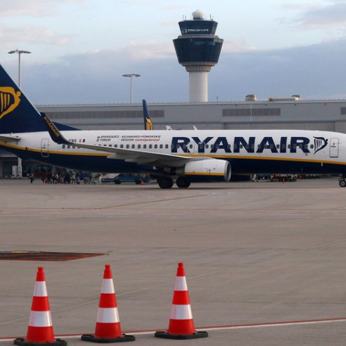 Ryanair resumes flights from Greece after four-month grounding