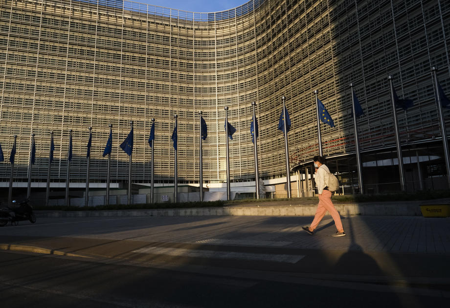 EU states back plan to expose corporate tax avoidance schemes