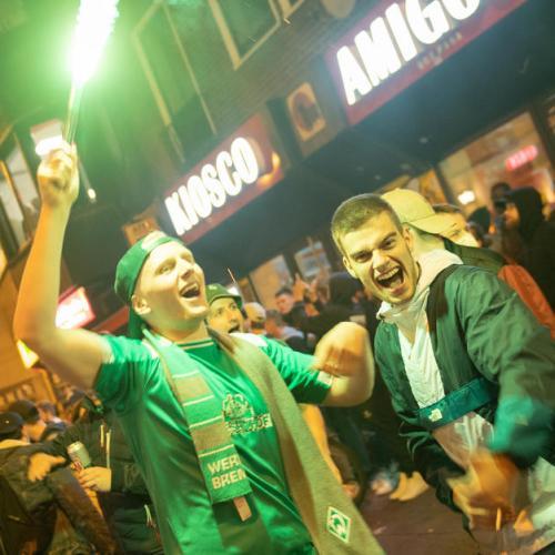 Werder Bremen avoid relegation on away goals