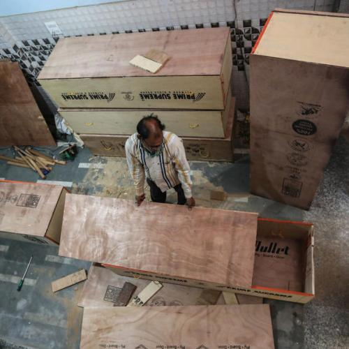 Photo Story: Coffin-makers in India struggle to keep up with demand