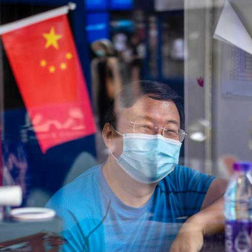 China reports further drop in new local COVID-19 cases