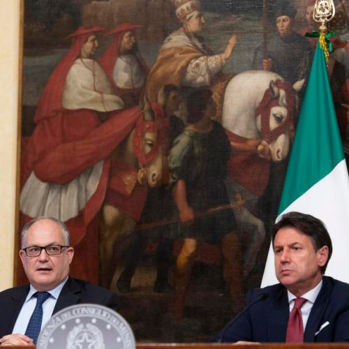 Italian government adopts €25 billion economic rescue package