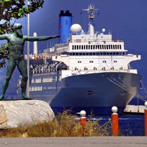 Greece reopens six of its ports for cruise ships