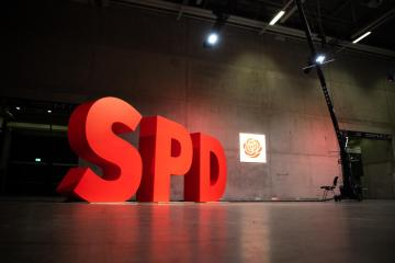 GermanSPDexpects to lead new coalition this year as talks deepen