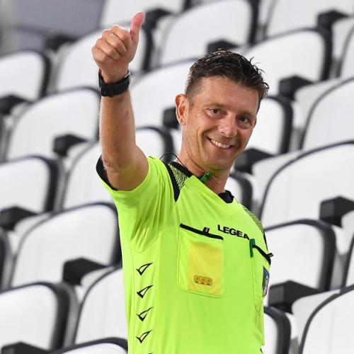 Photo Story – Referee Rocchi gives thumb up at end of Serie A season