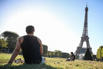 French business activity boosted in June by booming services -PMI