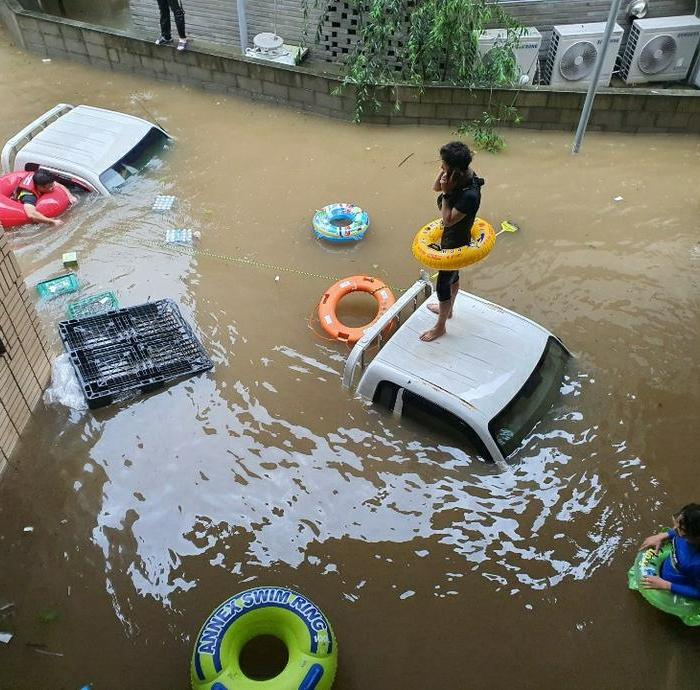 Extreme weather renews focus on climate change as scientists update forecasts